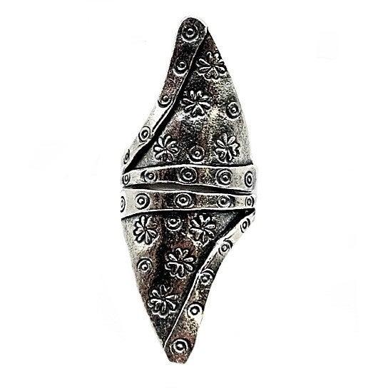 Fashionable Flower and Swirls Triangular Ring