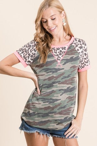 Vanilla Bay - Short sleeve camo animal print contrast top