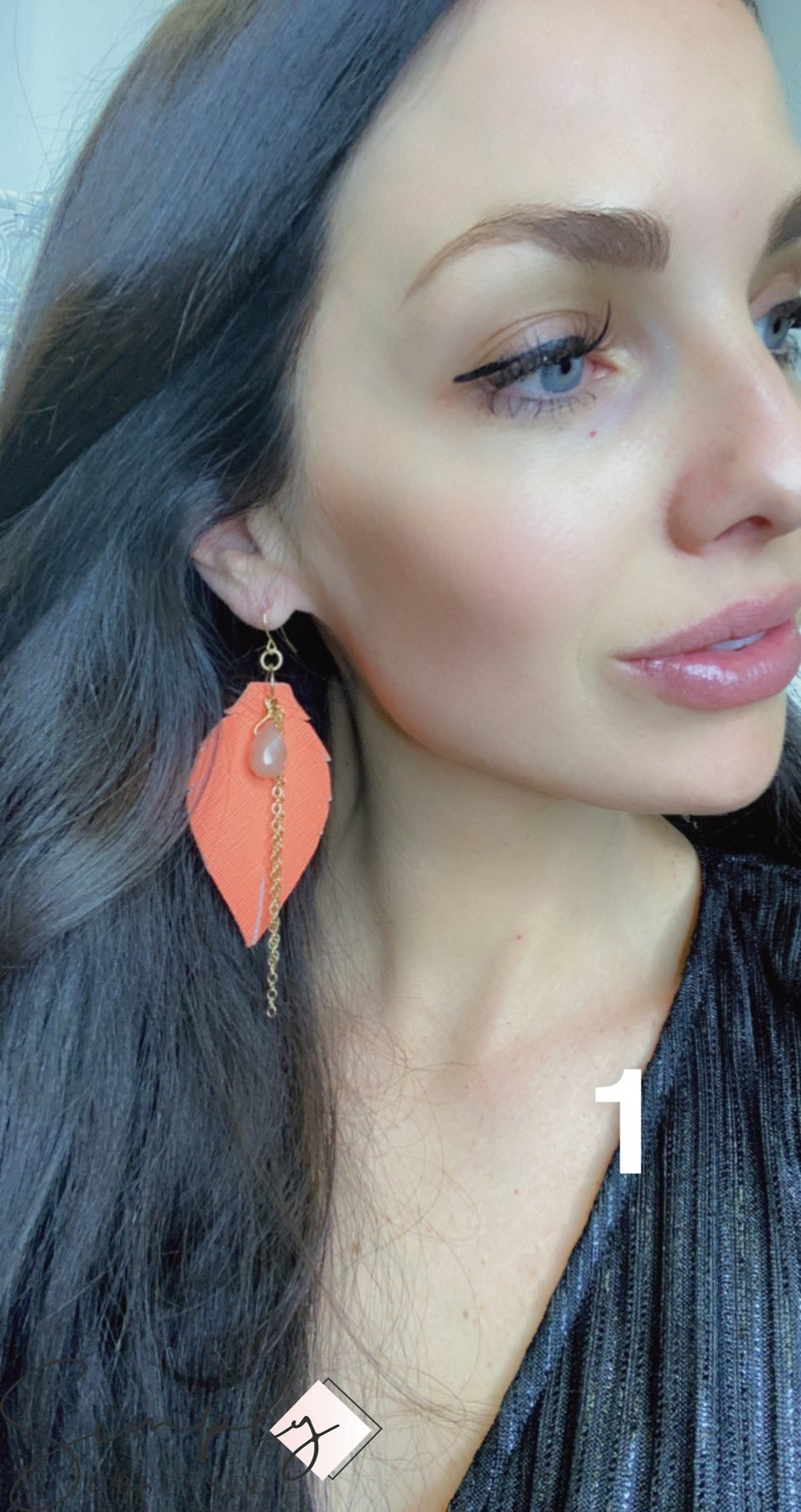 Emerge Medium Heather Earring with Stone and Chain