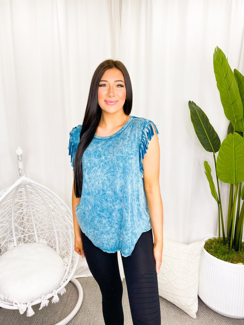 Blue Buttercup - Fringe mineral dyed top