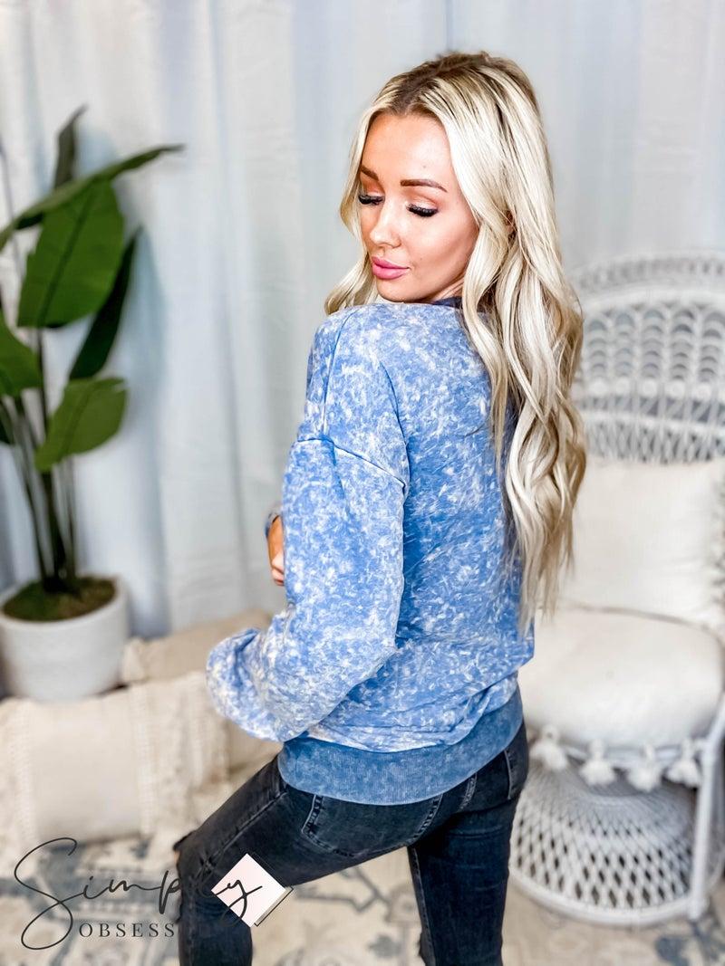 Oddi - Washed solid sweatshirt w pocket and elastic sleeve slit detailing