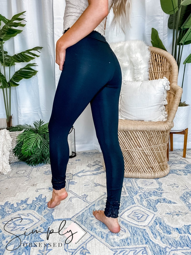 Vocal - Leggings with crochet and stud detail