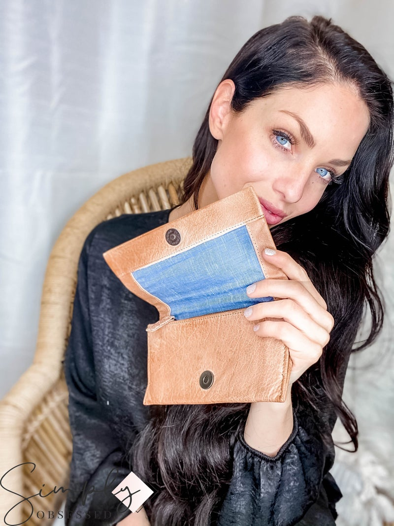 Latico Leathers - Natural leather snap button wallet