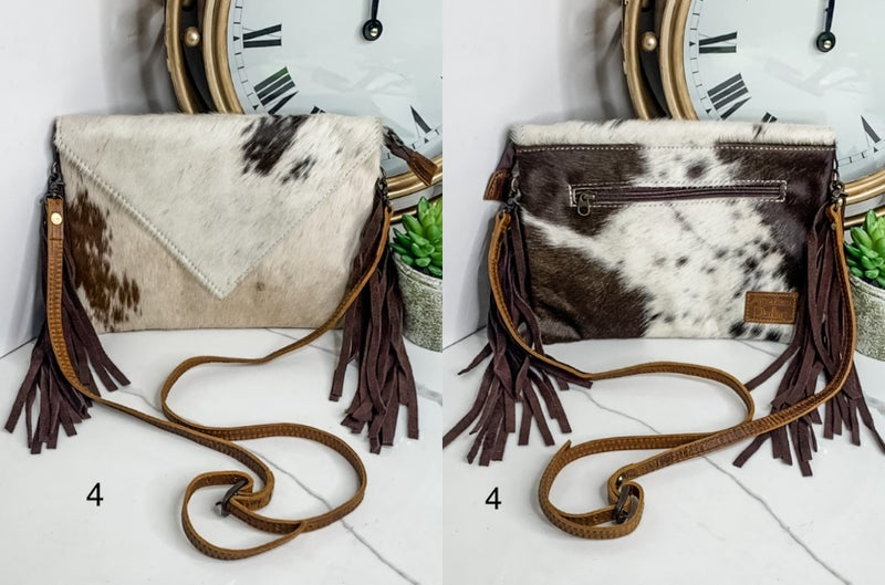 AMERICAN DARLING-PURSE WITH COWHIDE DESIGN AND FRINGE
