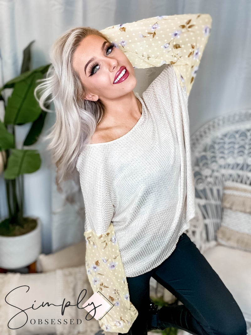 Peach Love California - Long Sleeve Waffle Knit Contrast Floral Print Top