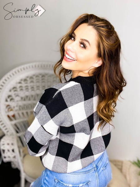 Sweet Lovely - Long sleeve plaid crew neck soft sweater