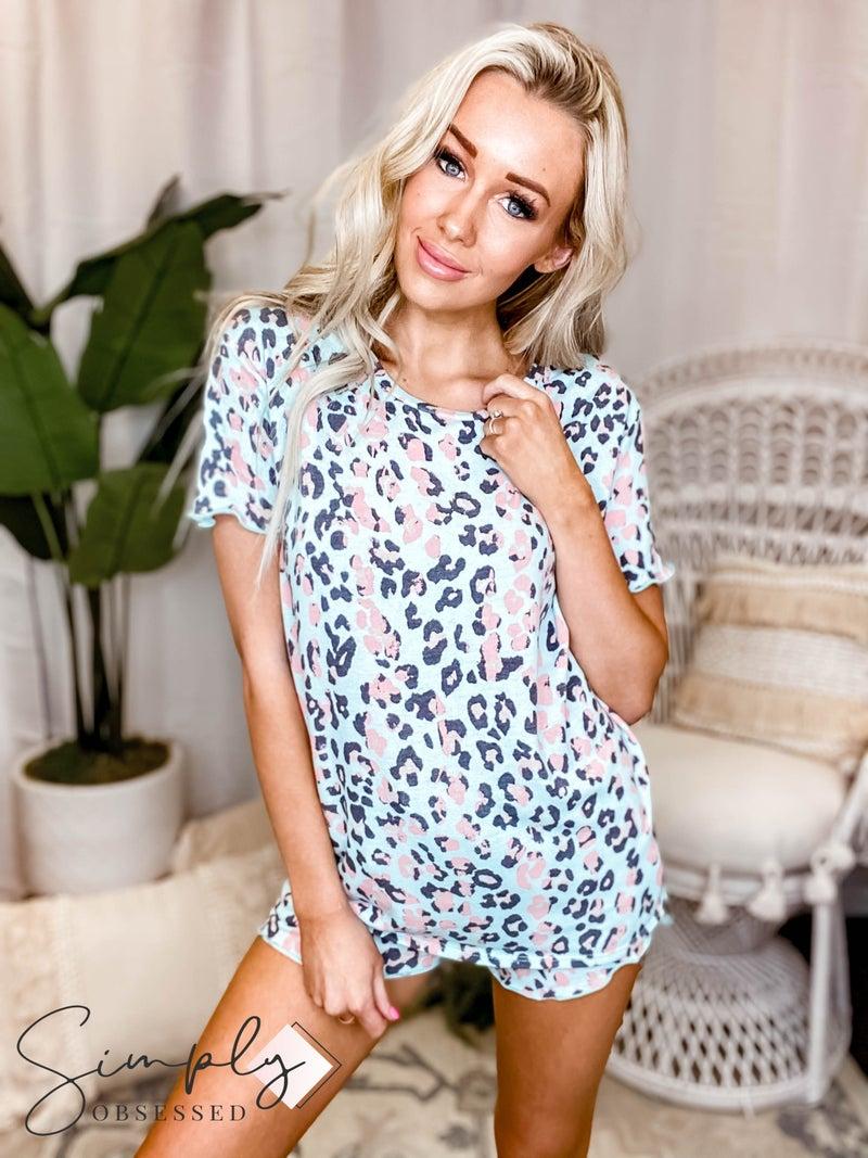 Vanilla Bay - Short sleeve leopard print knit top and shorts lounge wear set