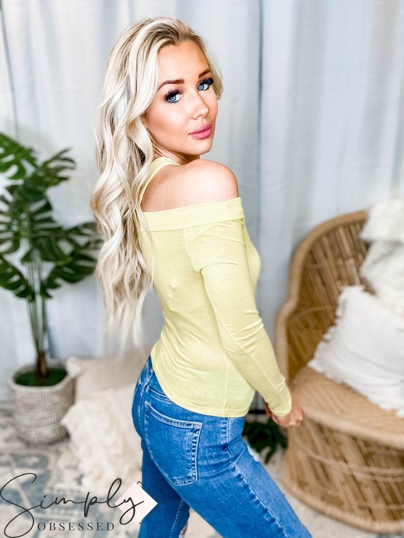 Peach Love California - Long sleeve off shoulder knit top