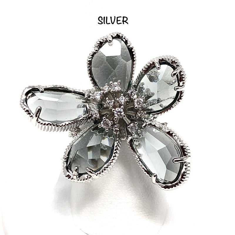 Flower Ring with CZ Crystal