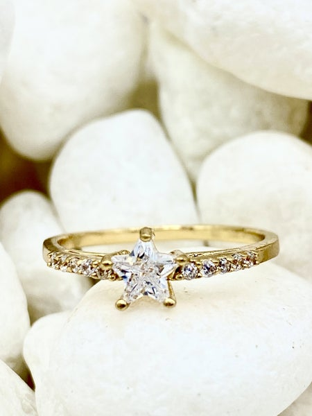 Ana Accessories - dainty single band ring with custom star stone