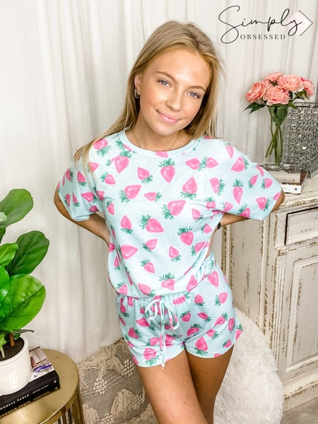 FANTASTIC FAWN-Strawberry Print Knit Shorts
