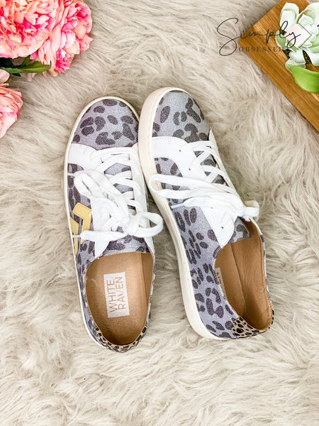 Lets See Style - Low top glitter sneakers with arrow details
