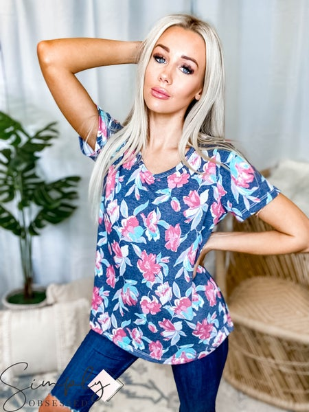 Orlando Sew In Love Pre-Sale - Short Sleeve V-Neck Floral Tee(All Sizes)
