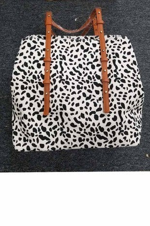 CATHERINE COLLECTIONS-LEOPARD PRINTED TOTE WITH ADJUSTABLE STRAPS