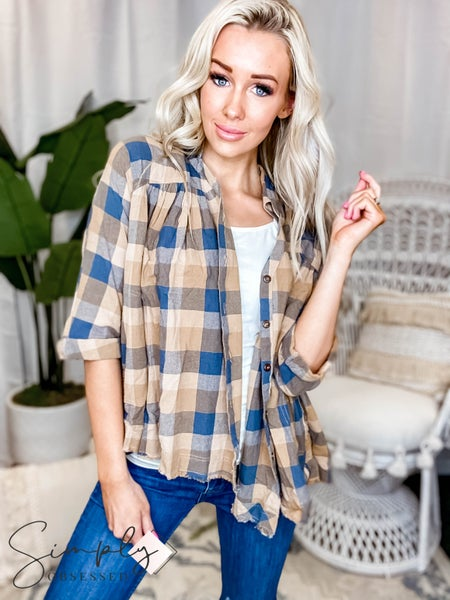 Easel 3/4 sleeve plaid top with distressed hem (100% cotton)