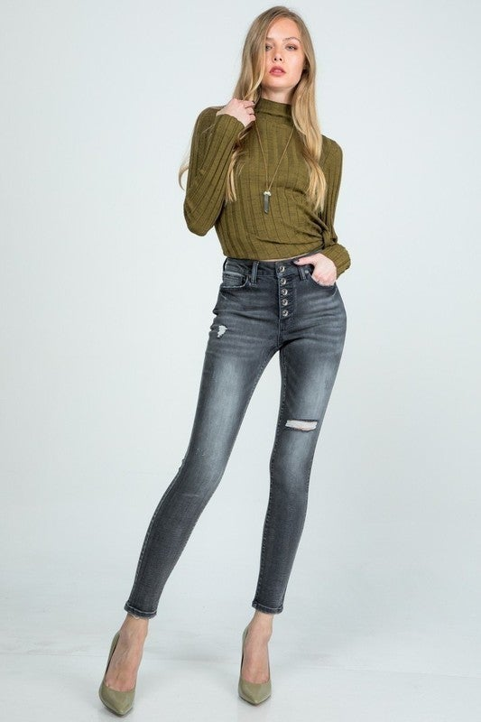 Special A - Mid rise skinny jeans with button fly