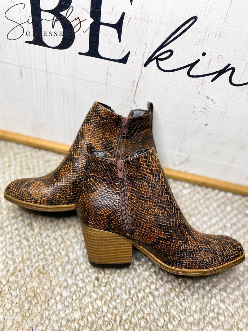 Corky's Footware - Snake print zip up boots