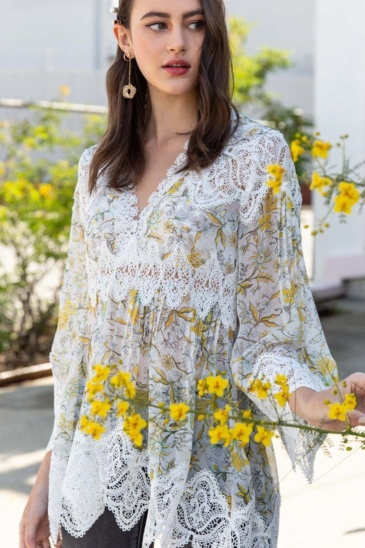 POL - Floral Printed Woven Tunic W/ Lace Trim