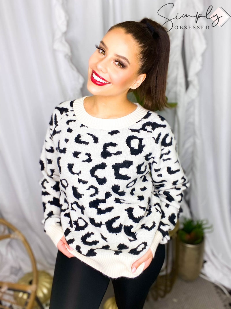White Birch - Leopard jacquard crewneck pullover sweater(All Sizes)