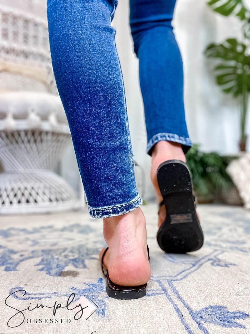LILIANA - WOMENS ROUND TOE FLIP FLOPS FLAT SANDALS