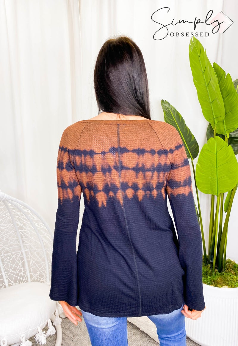 Sapphire O - V neck discharge long sleeve top