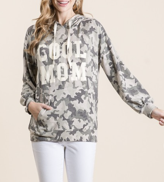 "Vanilla Bay - Long sleeve camo print knit hoodie with ""Cool Mom"" graphic print"