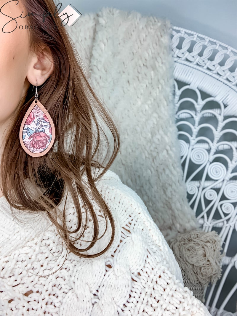 JJ - Wooden Teardrop Red & Pink Rose Earrings