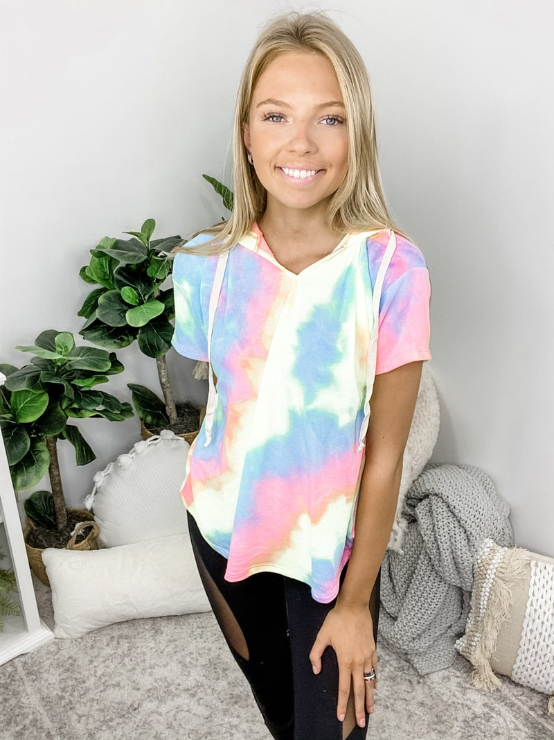 White Birch - Short sleeve tie dye knit top with drawstring and hoodie