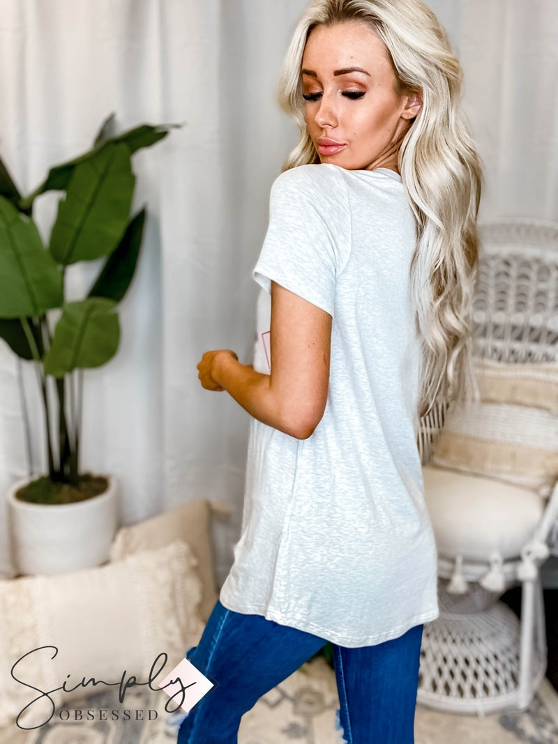 """Vanilla Bay - Short sleeve knit top """"Out Of Office"""" print"""
