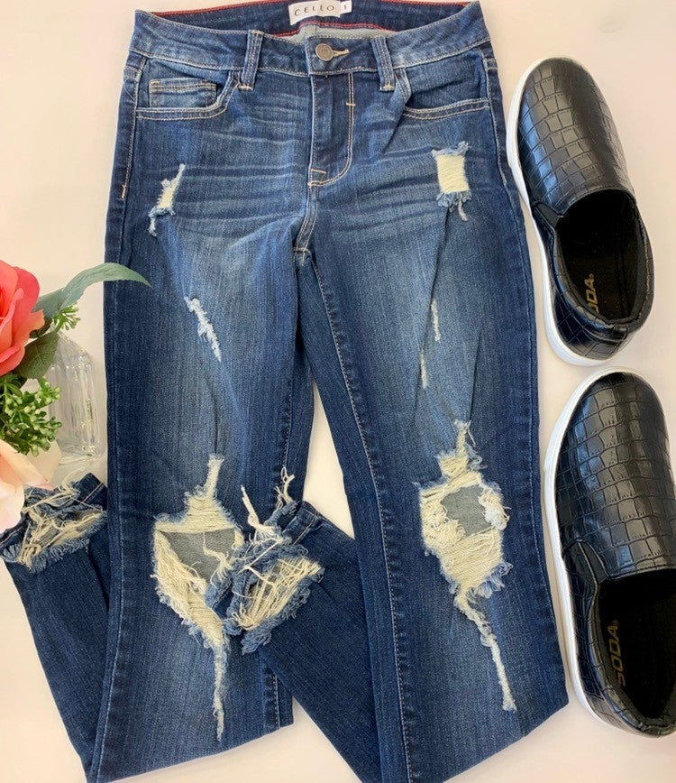 """Cello- Mid rise 26"""" crop skinny jeans with open knees"""