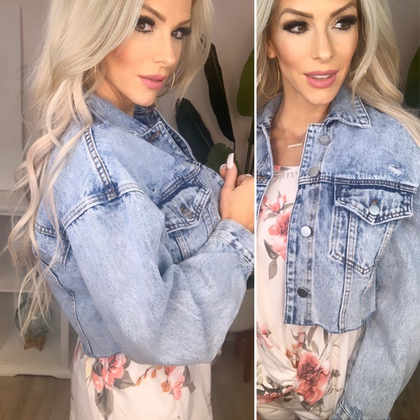 Kendall+Kylie- Oversized cropped jacket with raw hem