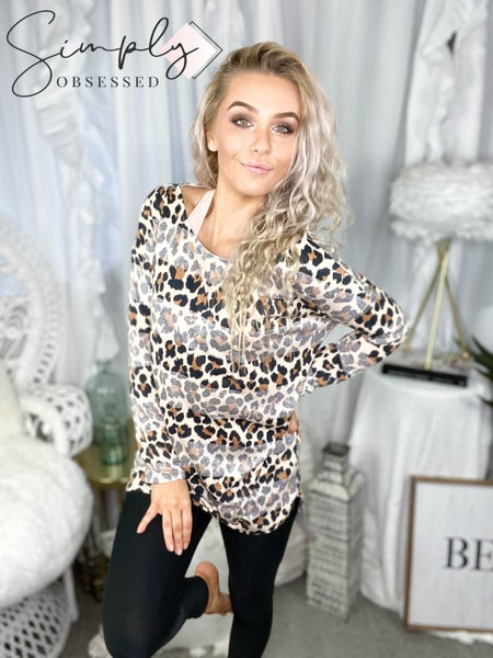 Wanna B - Long sleeve leopard stripe print top