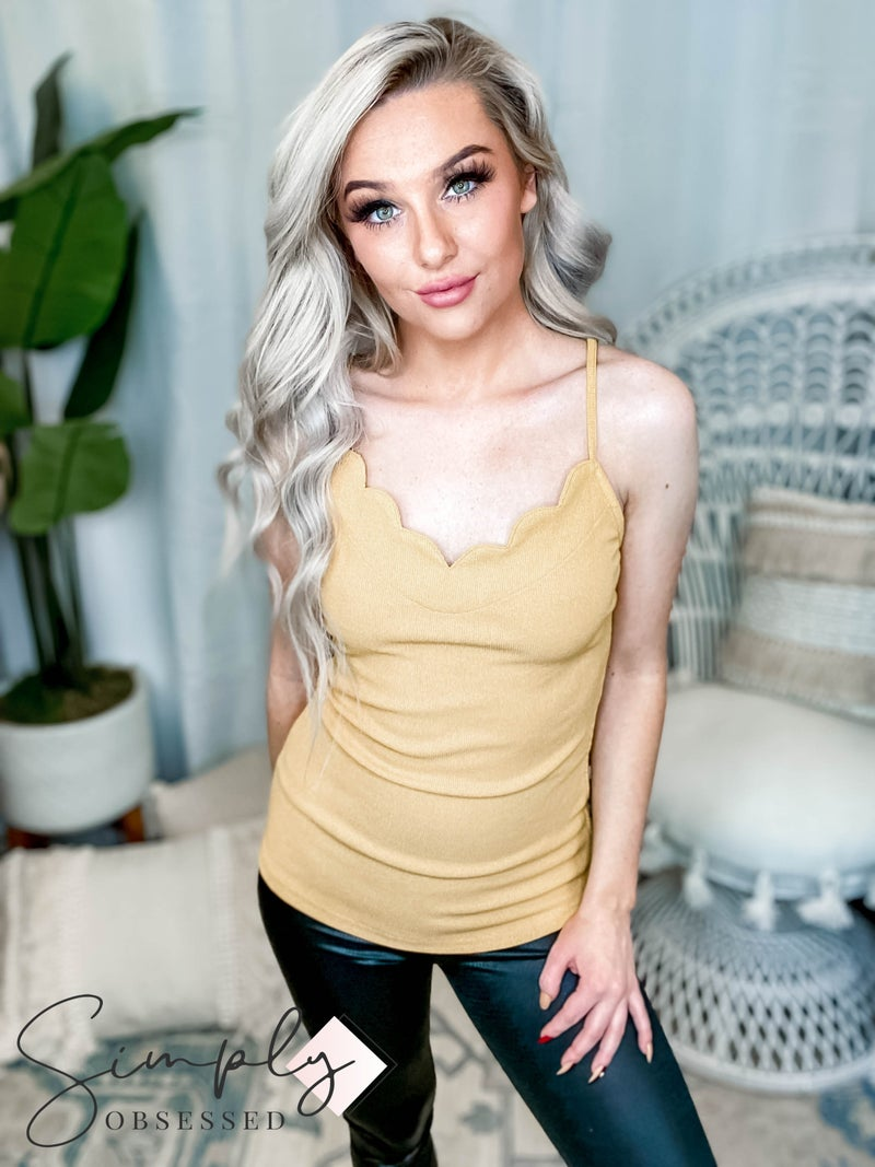 Listicle - Scallop V Neck Knit Camisole Top