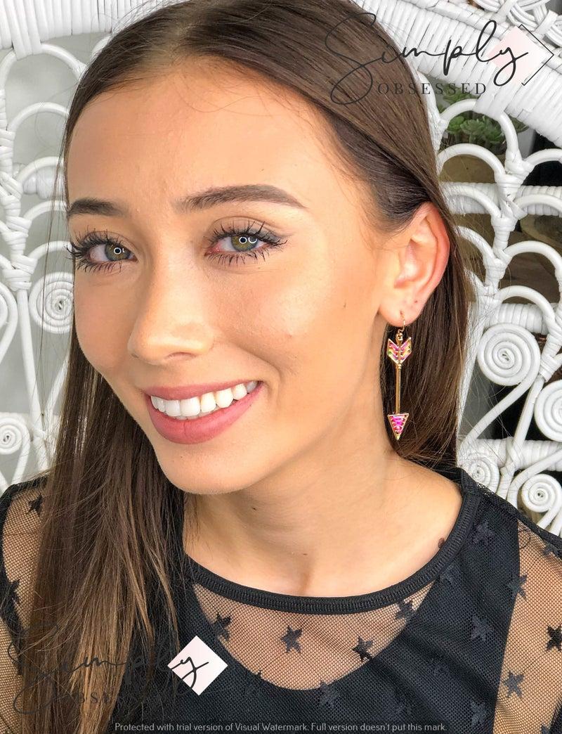 E R - Gold Arrow Earrings