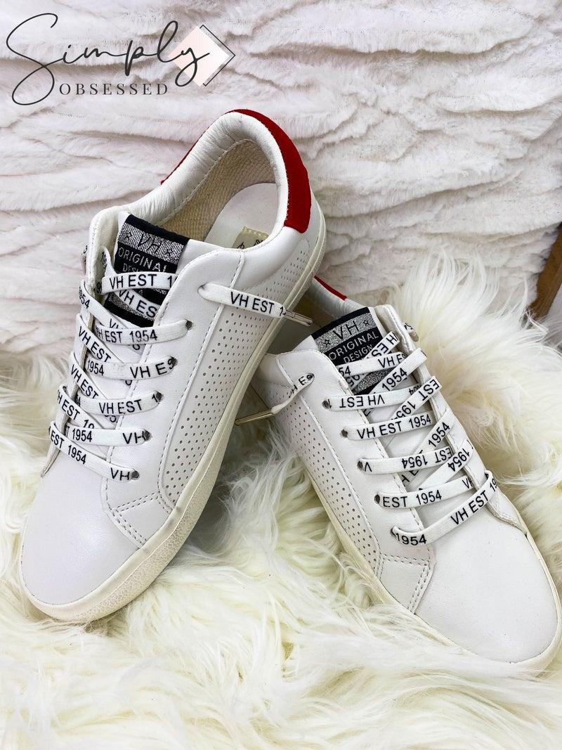 Prime Footwear Group - Dotted sneakers