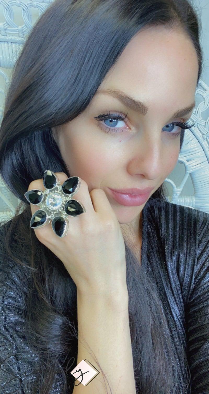 M&S BLACK DIAMANTE FLOWER RING
