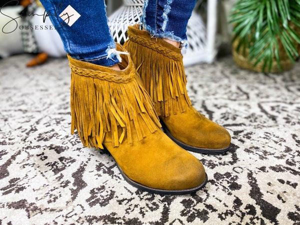 Beast Fashion - Chunky Heel Ankle Booties