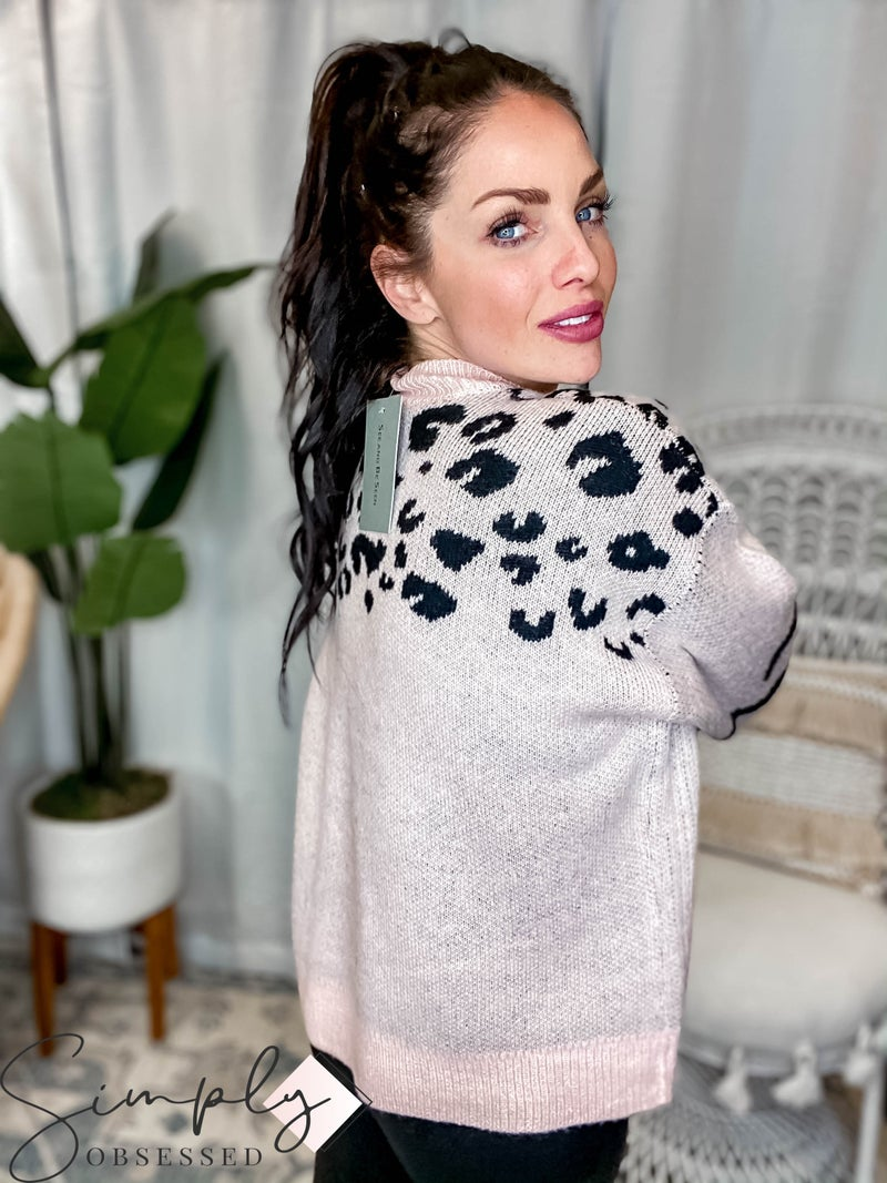 See & Be Seen - Loose Fit Animal Pattern Sweater Top