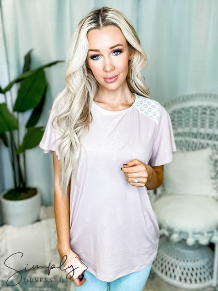 Vanilla Bay - Short sleeve knit top with lace detail
