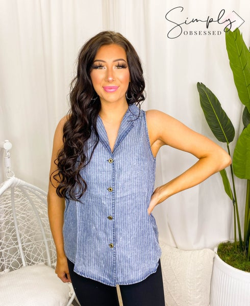 Doe & Rae - Sleeveless collared striped button down top