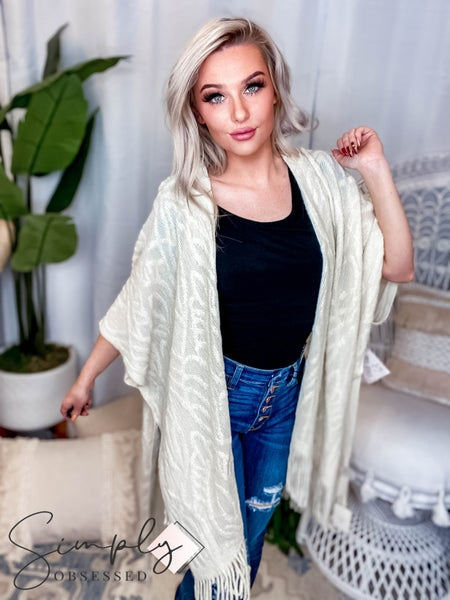 Camille & Co - Intricate Pattern Fringe Poncho