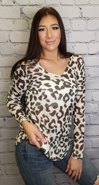 BiBi - Leopard Print Deep U-Neck Top