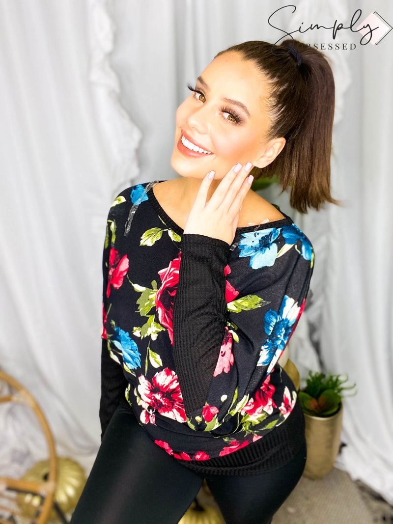 White Birch - Long sleeve floral contrast v-neck top (all sizes)