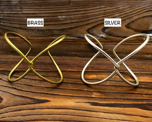 WORLD FINDS - Twist Knot Cuff Bracelet