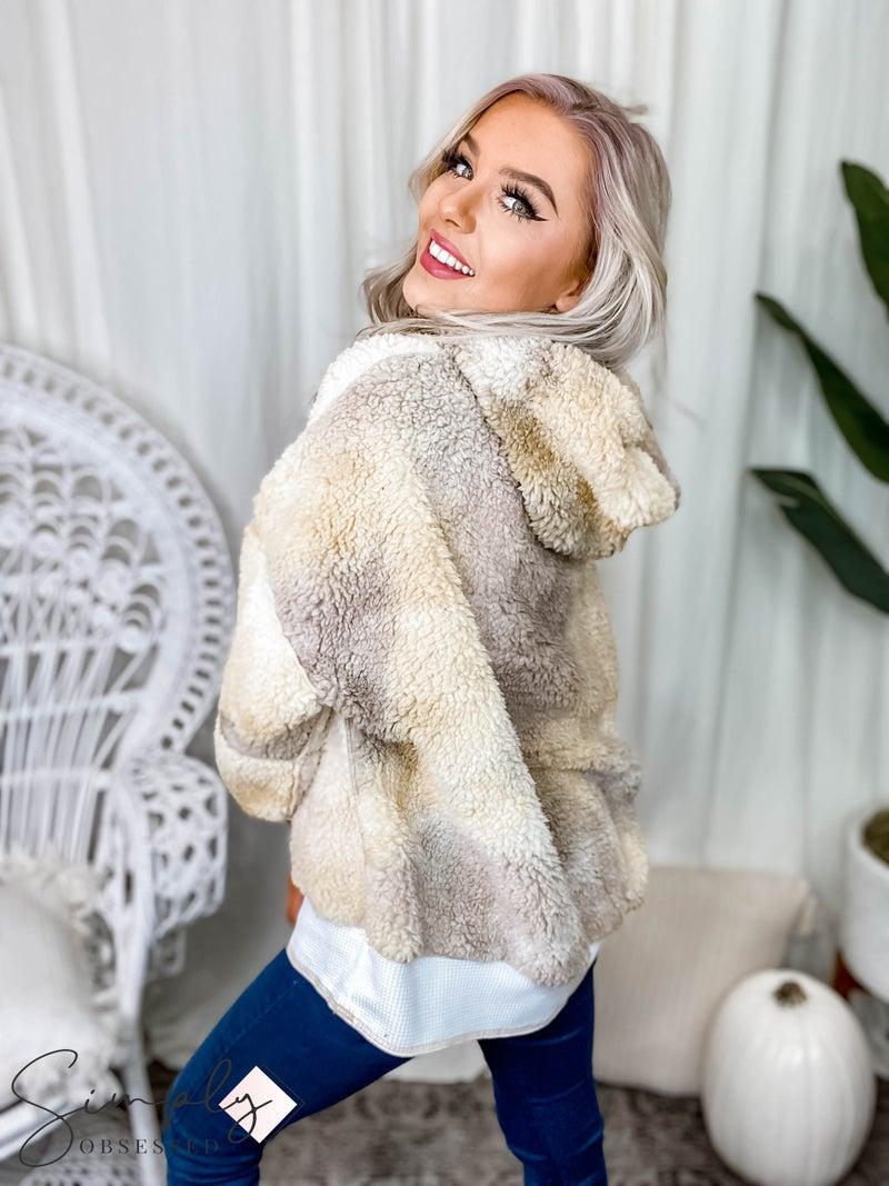 Peach Love California - Tie dye bubble sleeve fuzzy hooded sweater