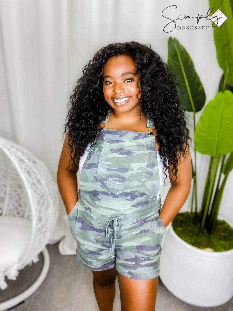 Cezele - Army print shorts with fashion suspenders