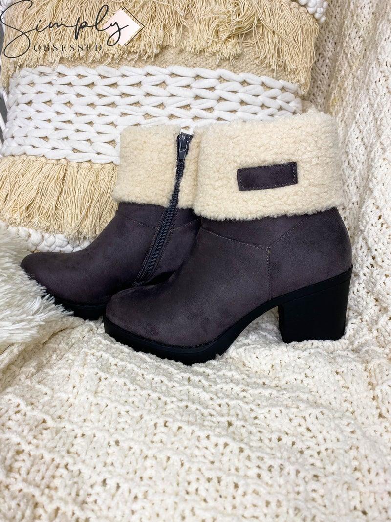 Pierre Dumas - Fur detail side zip up boot
