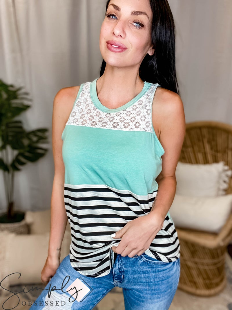 Vanilla Bay - A sleeveless knit tank top featuring color block with lace and stripe print