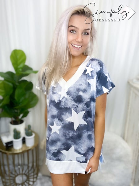 Honeyme - V neck star print short sleeve top