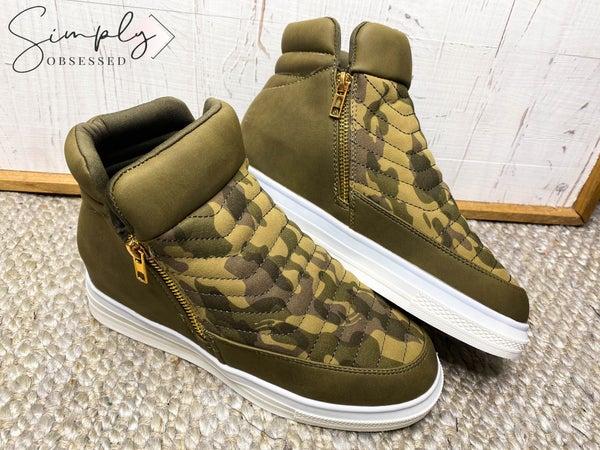 YOKI-High Top Platform Heel Sneakers